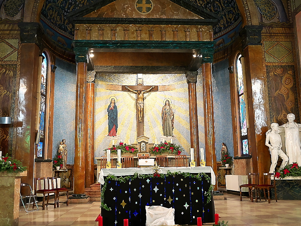 聖堂の祭壇