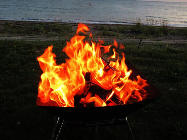 高岡オートキャンプ場 焚火