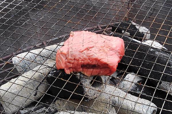 炭火焼 ステーキ