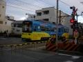 200201阪堺電車上町線を渡る