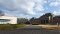 200118南門から平成知新館へ