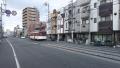 200201玉出の先からは阪堺電車並走