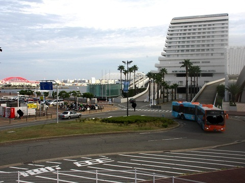 oth-bus-87.jpg