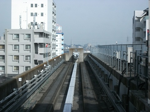oth-train-205.jpg