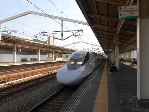 shinkansen-700-1.jpg