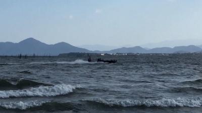 大荒れの琵琶湖北湖YouTube