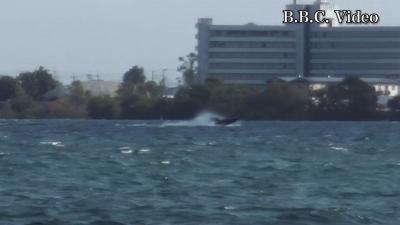 真野浜から眺めた琵琶湖北湖!! 大荒れの中を爆走するバスボート(YouTubeムービー)