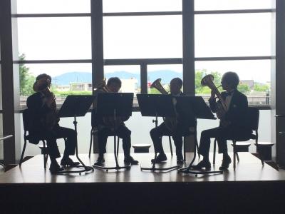 ロビーコンサートは珍しいワグナーチューバの四重奏