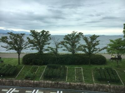 びわ湖ホール大ホールホワイエから眺めた琵琶湖