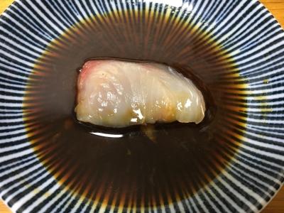 脂がよく乗ってるから刺身をワサビ醤油に漬けたら油膜がフッと拡がります