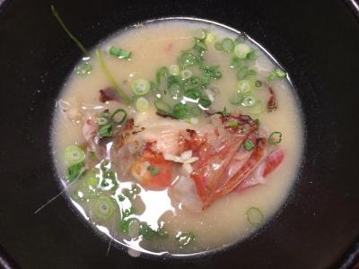 イズカサゴのアラ汁 白味噌仕立て