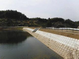 耐震補修工事が終わった溜め池