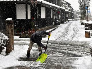 滋賀の平野部に積雪