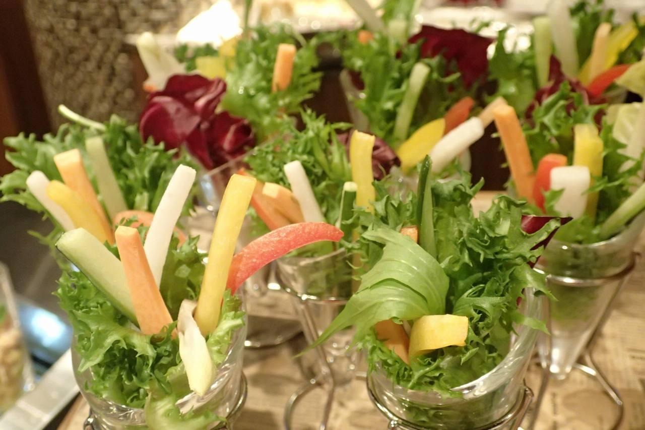 彩り野菜のクルディテブーケ見立て