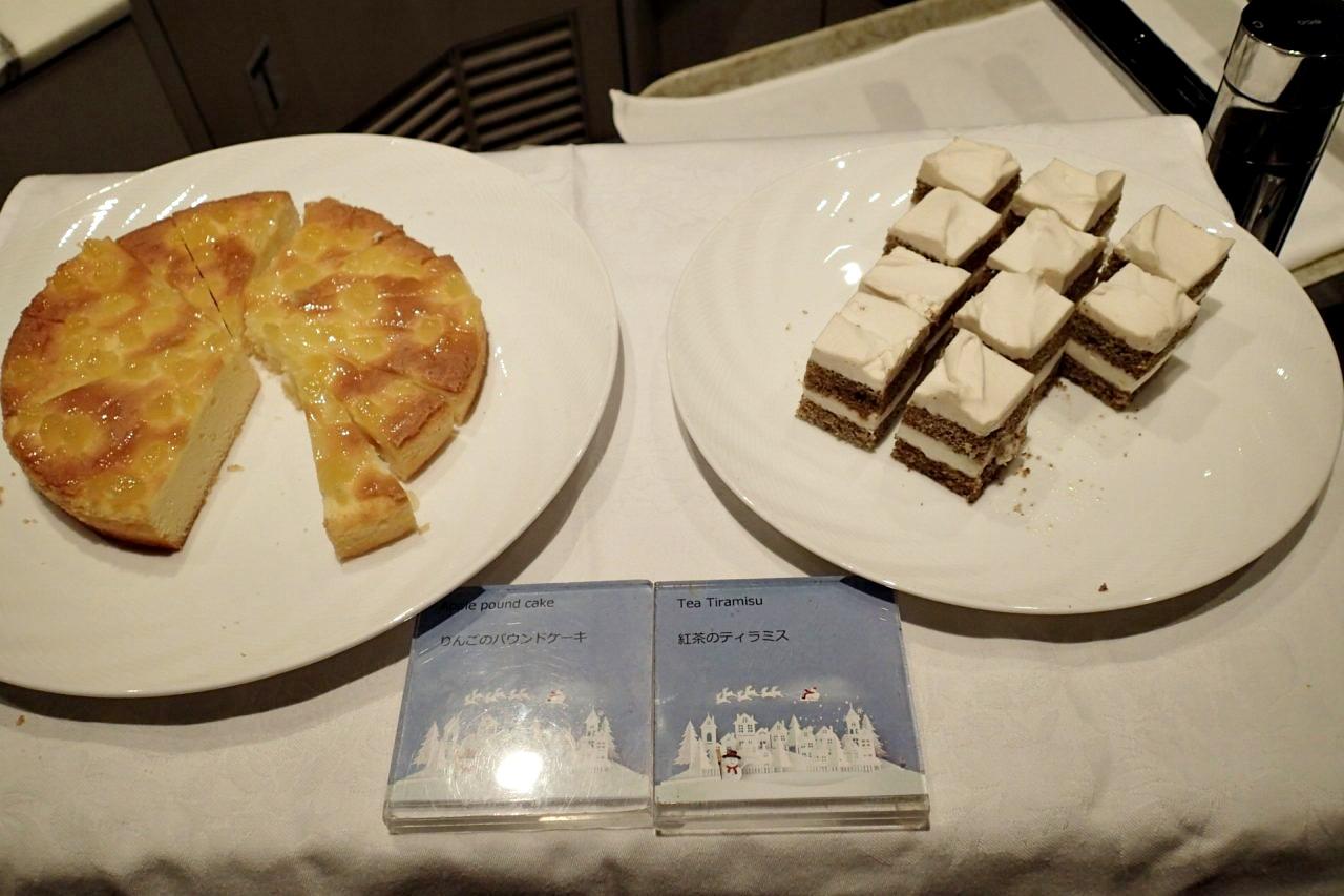 りんごのパウンドケーキ紅茶のティラミス