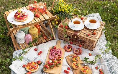 picnicstrawberry2020_400-1.jpg