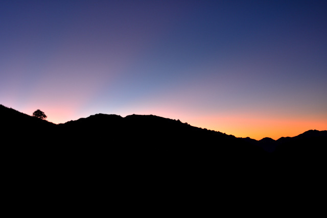 夕暮れ時の稜線(4)