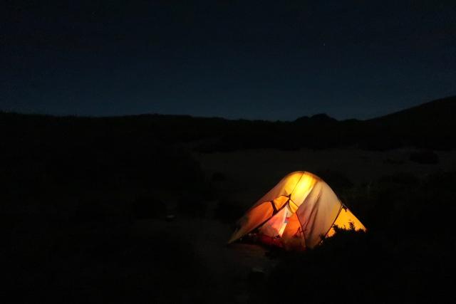 テント場の夜