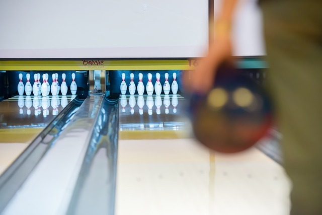 bowling-4513406_640.jpg