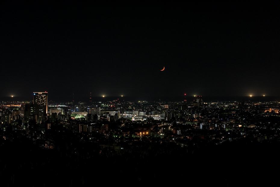 2019.05.09卯辰山 沈む月 (1)