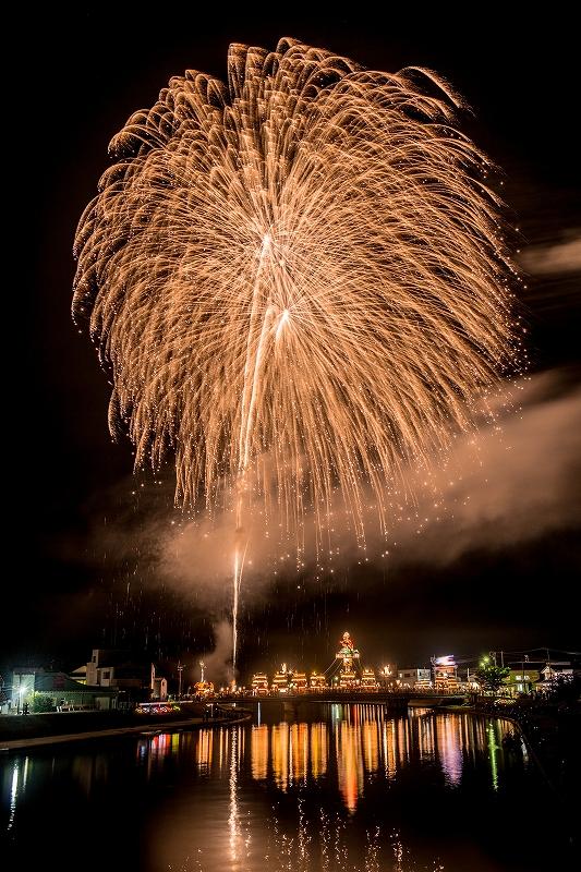 2019.07.20燈籠山祭りの花火 (11)