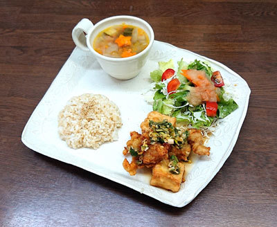 鶏肉と豆腐のユーリンチープレート