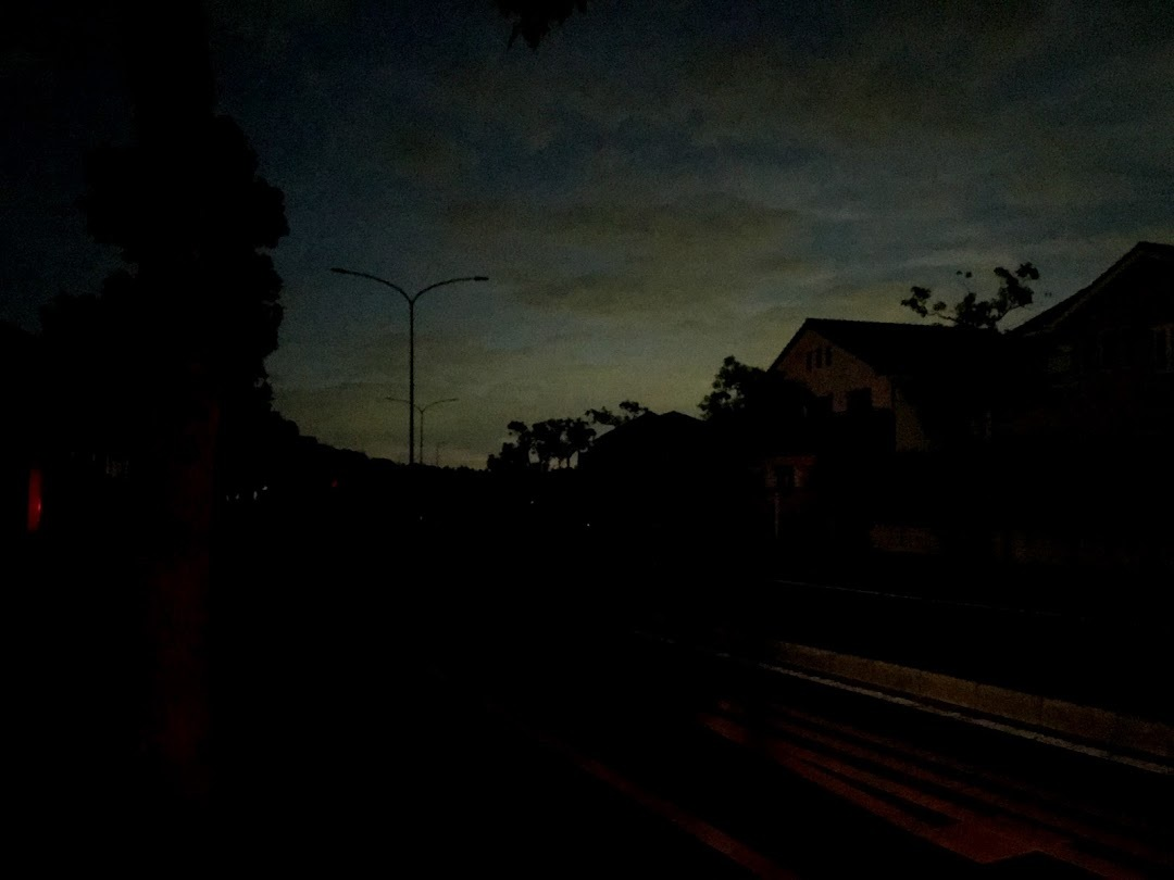 停電で真っ暗