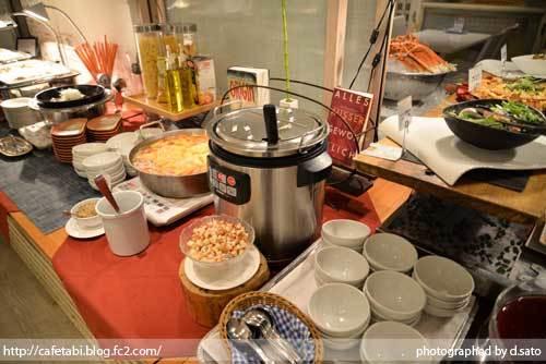 千葉県 八街市 小谷流の里 ドギーズアイランド レストラン 夕食 朝食 リゾートホテル 宿泊 予約 犬 ペットOK 写真 09
