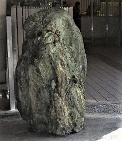 京都市中京区・弁慶石2 (4)