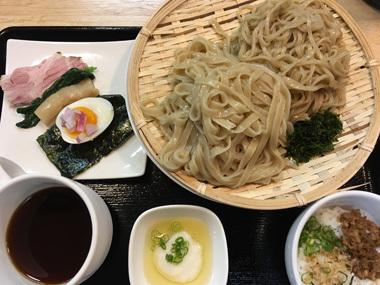 ガチ麺道場 ラーメン ミシェラン 一つ星 豊川 御津 花屋 花夢