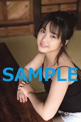 横山玲奈写真集『REINA is eighteen~N to S~』特典生写真HMV&BOOKS online