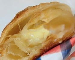 サンマルクカフェカマンベールチーズチョコクロ