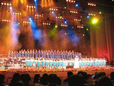 アグネスチャン(陳美齢)は、2007年に北京の人民大会堂「万人礼堂」で国宝級の単独コンサートを開催した。