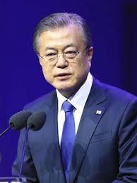 安倍首相とトランプ氏は、文氏(写真)の韓国を凝視している(ロイター
