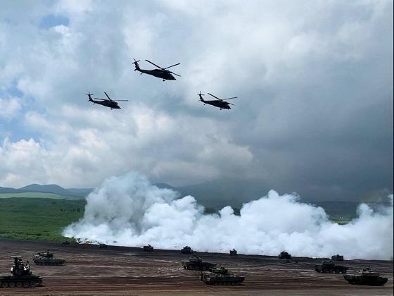 韓国が竹島にて軍事訓練の報道。延期していたのをこのタイミングでやるのは完全舐めてるなぁ。日本政府はまた遺憾砲もええけども、日本固有の領土である竹島が遺憾遺憾で返ってくるのか。不法占拠者へのあらゆるオプ