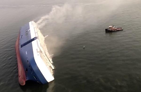 20190910米国で韓国船が転覆!「日本船を避けよう事故発生」→事故原因は積載オーバーとバラスト水の放出!