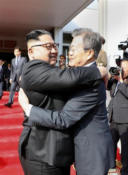 実際に2017年に韓国大統領となった文在寅は、韓国が北朝鮮と統一され、米国や日本の敵になるための行動を着々を実行している。