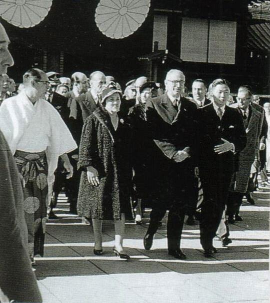 昭和36(1961)年12月15日 アルゼンチン フロンディシ大統領夫妻