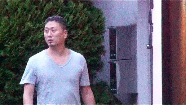 道端アンジェリカさんの夫を恐喝で逮捕「家族めちゃくちゃに…鉛筆で目を刺す」