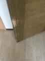F203洋室ドアひっかき跡