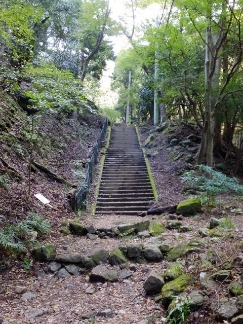 大山の女坂参道