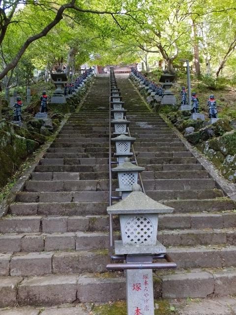 大山寺前の急階段