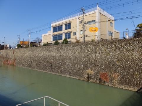羽村取水施設と羽村取水管理事務所