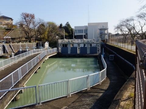 小作浄水場向け分水施設