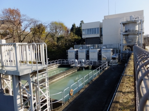小作浄水場向け取水施設