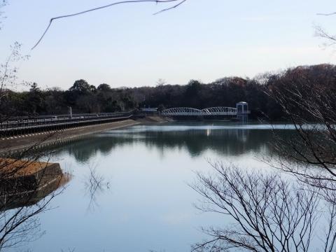 村山上貯水池(多摩湖)