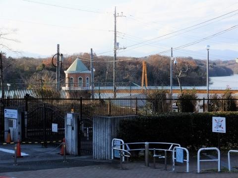 東京都水道局村山・山口貯水池管理事務所入口