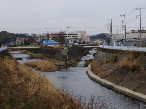 鶴見川・麻生川合流点