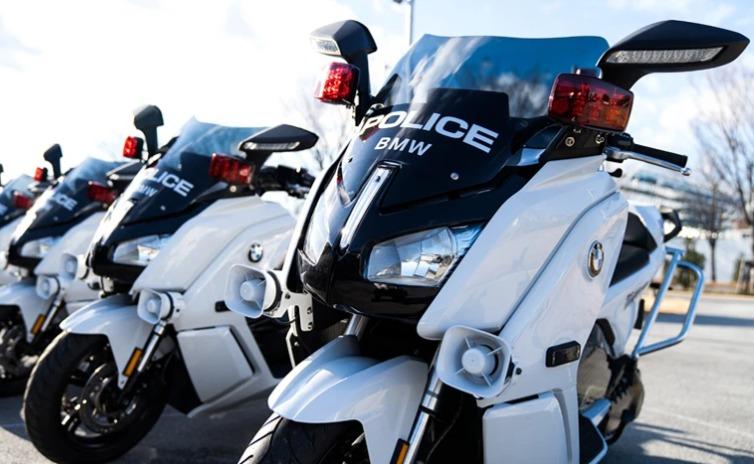 BMW 警察車両