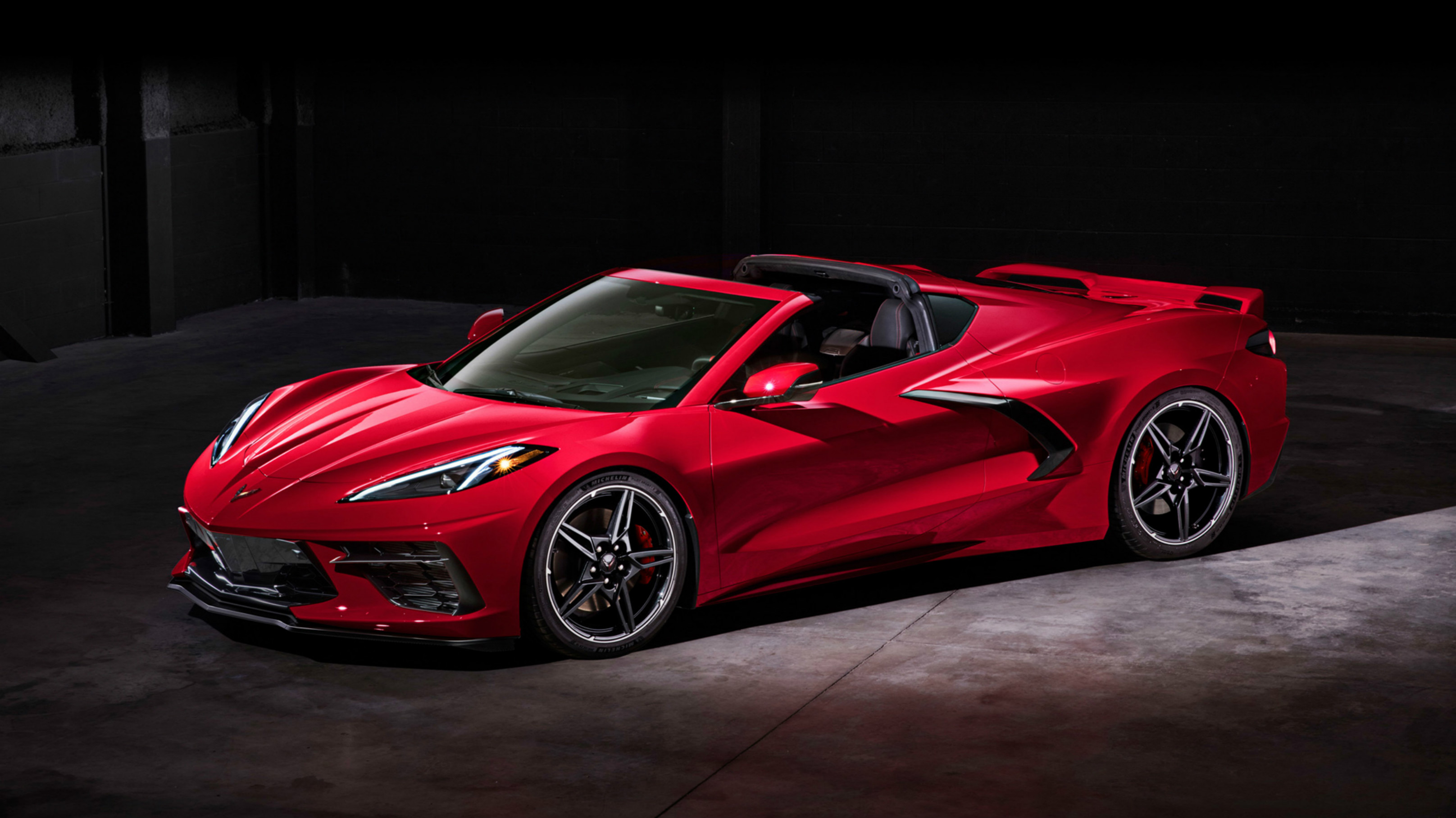 Chevrolet-Corvette-Stingray-Z51-2019-1920x1200-019.jpg